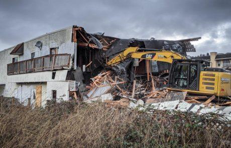 Milner Group Demolition of Amrikko's by the Sea