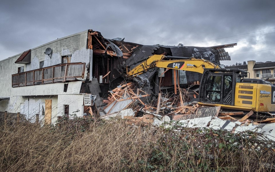 Milner Group Demolition of Amrikko's by the Sea